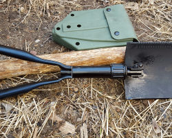 military issed entrenching tool e-tool review